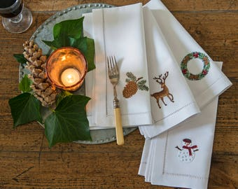 Reindeer white cotton embroidered napkins - set of 4