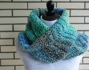 Knitted soft snood