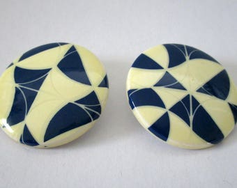 Navy and white plastic clip on earrings, large 80s earrings, graphic style earrings, nautical style earrings