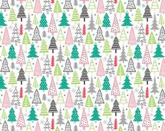 Christmas Trees Bandana Bib, Burpcloth, Teething Toy. Organic Xmas Baby Gifts. Baby Gift Xmas Tree Pattern. Green and Red Christmas Tree Bib