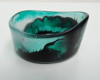 Green epoxy resin bangle