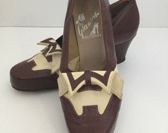 Vintage Spectator Pumps 1940s 1950s, Town Shoes, Glamour Foot Styles, Suede Leather Two Tone Wingtips, Australian Size 7, Low Womens  Heels