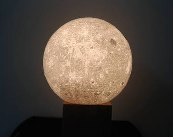 Moon Table Night Lamp (3D Printed)