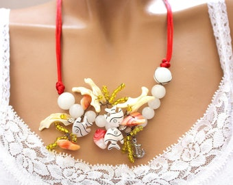 Aquarium fish and seaweed yellow beads necklace jewelry