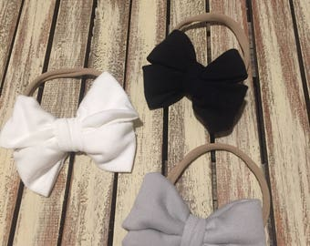 Messy bow on nylon white gray and black lot of 3