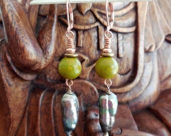 Natural gemstone green MAGNESITE Purply Fresh Water Pearl   Copper Dangle Lever Back earring wires  5288 G