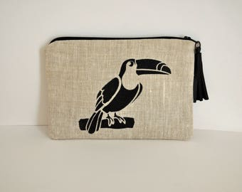 Pouch / case toucan in linen with leather tassel