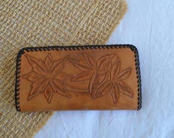 Vintage Tan Hand Crafted / Hand Tooled Leather Wallet