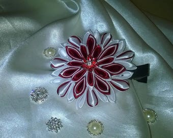 Flower hair clip made kanzashi way in Ribbon with Burgundy and white satin and pretty acrylic flower heart