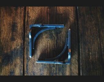 "Pair of Cast Iron Gallow Shelf Brackets Cistern Industrial Style Rustic 6"" x 6"""