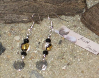 Earrings Murano glass pearl and creased metal sequin