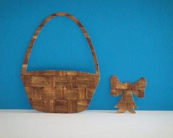 Cutting a knot design wicker basket