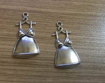 """set of 3 charms """"silhouette""""34x17mm antique silver Tibetan"""