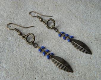 Dark blue glazed ears 3 chain earrings