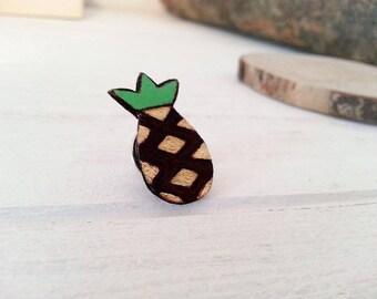 """""""Little pineapple"""" wooden pins"""