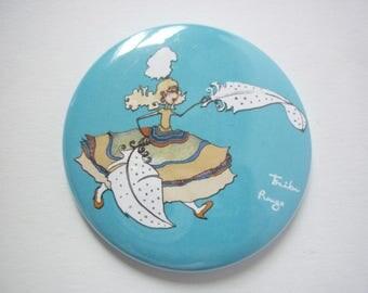 Round Pocket mirror illustrated, Grandma feather