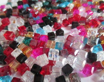 50 beads cubes faceted Crystal 4 mm mixed color