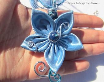 pendentif et bracelet fleur satin bleu ciel