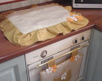 Kitchen sets, cover oven and stove in yellow ochre, mustard