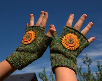 Green-Khaki soft wool with knitted mittens with wool felt tassel
