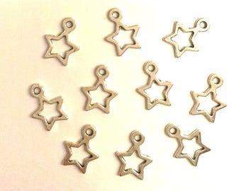 Set of 30 charms Star Silver T37