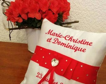 Visit our shop, many designs available. Pillow / holder with wide ribbon and rhinestones (in red