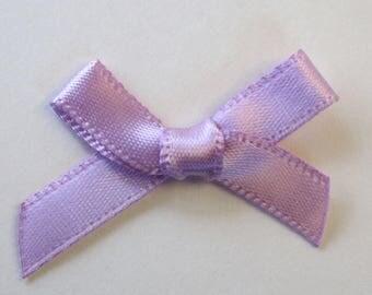25 x 7mm Satin ribbon bow: lilac - 02353