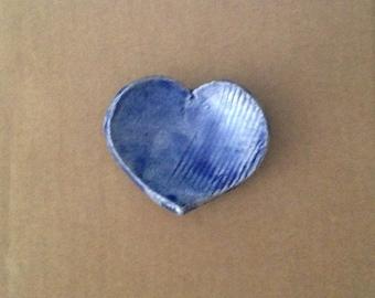 Blue heart dish - empty - candle - Pocket - raku ceramic - tea bag rests turquoise (12)