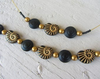 set the Choker necklace and bracelet in Bohemian glass, sea theme, shell and spiral in black and gold chic set