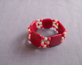Two-tone vegetable ivory, pink and white bracelet