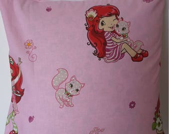 Strawberry pillow cover. 40x40cm