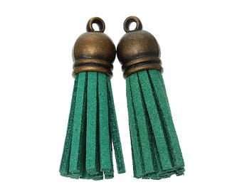 Green suede tassels 3.9 on 1-2 cm with brass cap