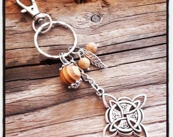 key man Celtic Cross silver metal and wood beads