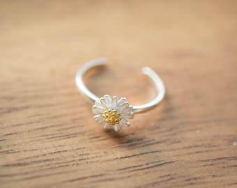 Dainty Silver Flower Chrysanthemum Flexible Ring
