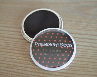 Personalized 50 mm magnet, text and background choice