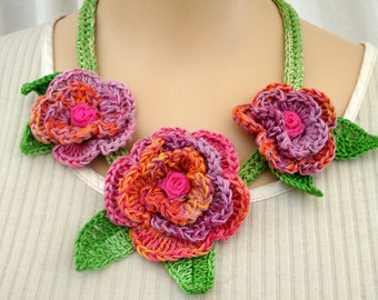 Crochet necklace roses may