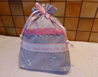 """""""Bag embroidered"""" baby's little secrets """"gray and pink - little kitties"""