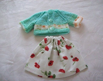 clothes for dolls 32 33 cm, with babies (skirt cotton print: flowers with vest or sweater)