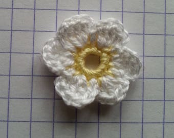 Crochet applique little yellow and white flowers for sale individually