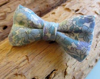 Hair clip bow blue flowers