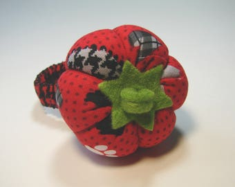 Bracelet Pincushion, PIN, fabric, tomato, 5.5 cm.