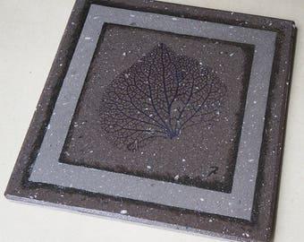 Trivet/flat lava glazed leaf veins and hints of Platinum