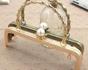 1 x clasp 20cm wrist Pearl gold tone retro