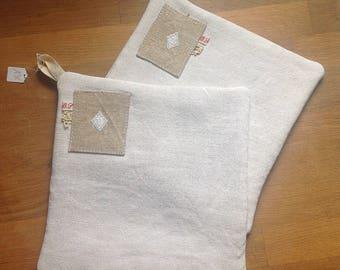 Fabrics old monogrammeV and H/oven glove kitchen glove