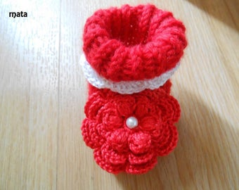 red baby's booties