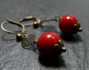 Designer jewelry: Earrings Tibetan prayer red lacquer. MC