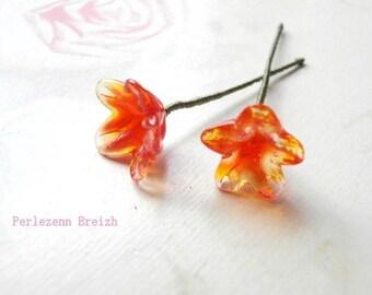 1 flower stem 10-15mm Orange glass
