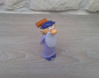 Figurine of Leonard collector