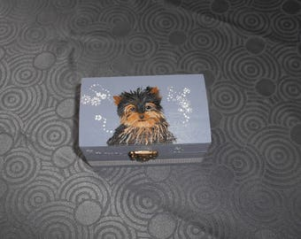 """small jewelry box hand painted """"workshire"""""""