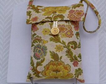 "Shoulder strap bag ""Evening"" cotton fabric and silk hand-stitched by lesaiguillesdemaman. Unique piece"